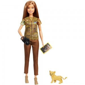 Barbie National Geographic Photographer Playset [Sale]