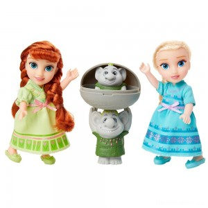 Disney Frozen 2 Petite Surprise Trolls Gift Set [Sale]
