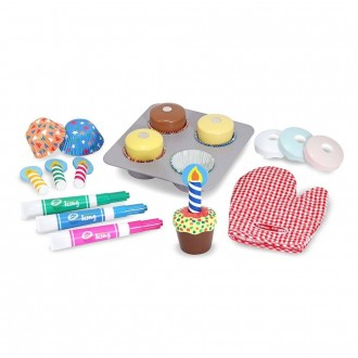Melissa & Doug Bake and Decorate Wooden Cupcake Play Food Set