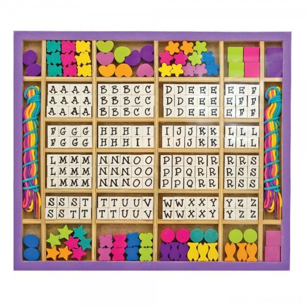 [BLACK FRIDAY] Melissa & Doug Deluxe Wooden Stringing Beads With 200+ Beads and 8 Laces for Jewelry-Making